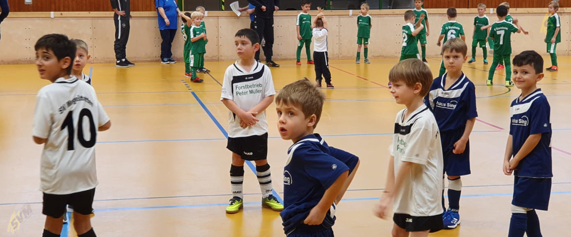 2021 - Header - Fussball - Bericht - Bambini-Training